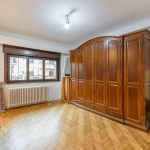 Apartament 3 camere in vila, Vitan Mall in spate Salon Magic, int. Brates