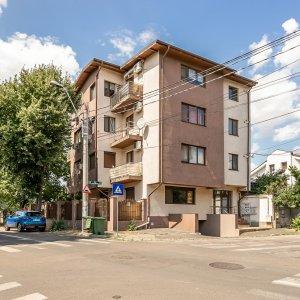 Apartament 3 camere Bucurestii Noi Bazilescu cu 90mp curte