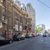 Pozitionat ideal, acces dedicat stradal, foarte mare si bine renovat